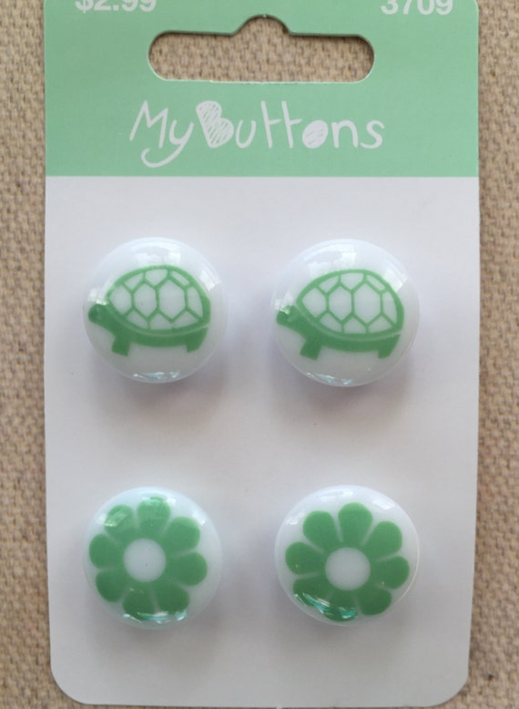 SALE Turtle and Flower Buttons Carded Set of 4 My Buttons Collection by Button Lovers Style #3709