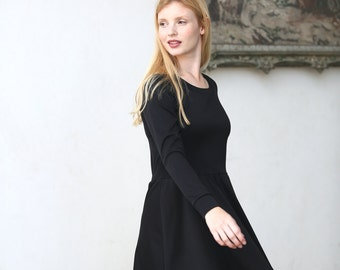 Long sleeves black skater dress / casual day dress / Jersey dress  - 20% off