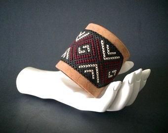 boho leather cuff | wide bracelet with geometric cross stitch design | women's leather jewelry | cross stitch cuff | chevron jewelry | arrow