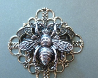 Layered Filigree with Bee - Magnet