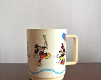 Vintage Disney Parade Mug - Vintage Walt Disney World Souvenir Cup - Vtg WDW Memorabilia - Mickey Donald Goofy Minnie Pluto