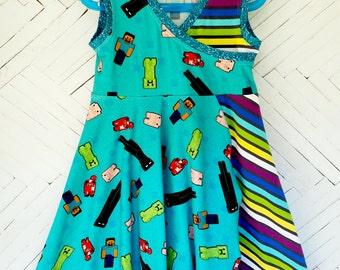 Minecraft dress girls size 8 blue stripes