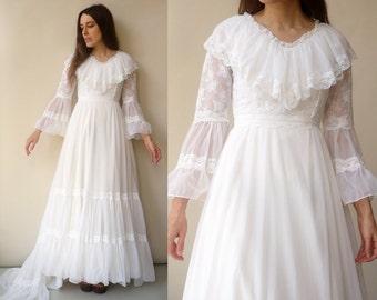 1970's Vintage Bell Sleeve Lace & Net Bohemian Wedding Maxi Dress Size XS