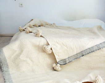 Moroccan POM POM Wool Blanket - Natural color undyed wool
