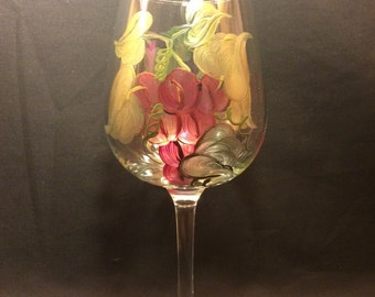 Hand Painted Wine Glass - Grapes n Gold- EMH-20