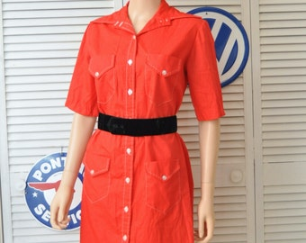 Vintage Womens Shirt Dress/Mod Shift Dress/60's Daywear/Lipstick Red/Pawtucket Sportswear/Button Front/4 Pocket/Medium Large/Theater Costume