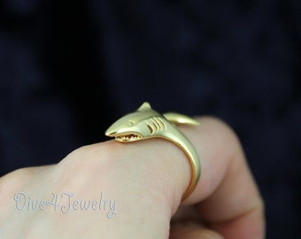 Gold Plated Solid Sterling Silver Great White Shark Ring Size Adjustable