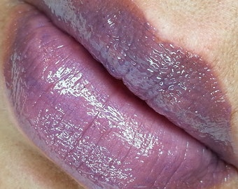 Lavender Lust - Soft Lavender Purple Liquid Lipstick Lip Gloss 7