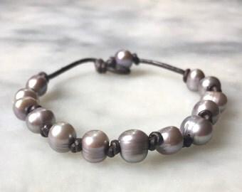 Silver Pearl leather bracelet