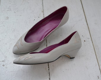 1980s Gray Nine West Shoes, Size 7