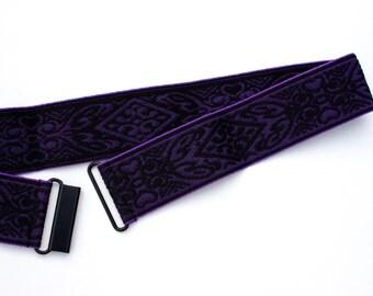 Embroidered dark purple jacquard belt