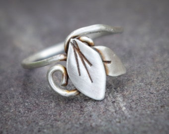 Silver Elven Leaf Ring  |  Size 6