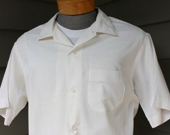 vintage 1950's -Brewster- Men's short sleeve shirt. Imported Fabric - Superfine Cotton...almost sheer - White. Extra Large XL