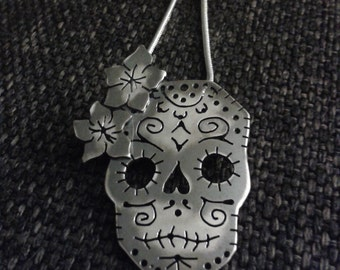 Sugarskull pendant in sterling silver - day of the dead necklace