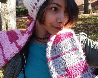 CLEARANCE / Hey there Kitty Hand Knit Chunky Beanie