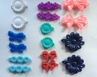 8 Matched Pairs of Plastic Hair Clips