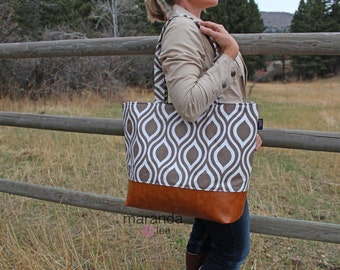 Extra Large Lulu Tote Overnight  Diaper Bag  Italian Brown Pod and PU Leather - READY to SHIP Zipper Closure
