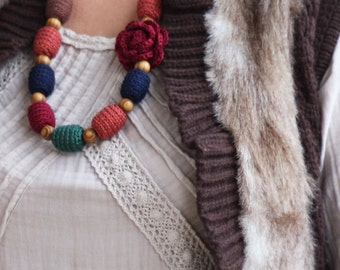 Nursing necklace with flower - Burgundy, terracotta, blue, green, brown - Chunky boho chic necklace - Natural jewelry - Rustic chic
