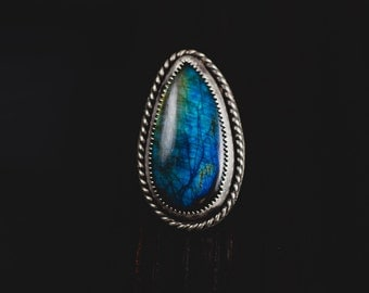 Sterling Silver Labradorite Ring-Blue Green Labradorite Ring-Teardrop Labradorite Statement Rings-Flashy Labradorite Jewelry-American Size 7