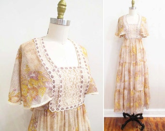 Vintage 1970s Maxi Dress   Empire Waisted Floral Lace 1970s Boho Dress   size xs - small
