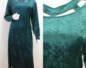 GOTH REVIVAL VINTAGE 1980s Bottle Green Velvet Cut Work Neck Dress 16 44