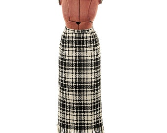 Vintage 1960's Florence Walsh Cream + White Thick All Wool Chunky Knit High Waist Fringe Mid Calf Plaid Skirt S