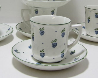 Ironstone Cups and Saucers 7 Coffee Tea Cups Saucers Johnson Brothers England Tea Cups and Saucers Berries Design Set of 7 Coffee Cups Mugs