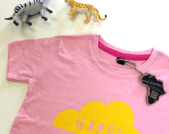 Kids Clothes Pink T-shirt Welsh Text Hapus Yellow
