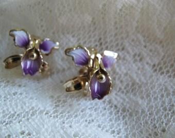 Vintage purple and white enamel orchid earrings / 1960's vintage enamel flower screw back earrings