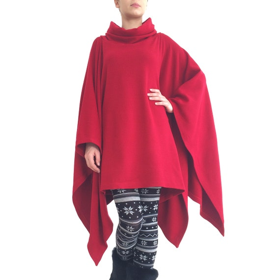 Red poncho/ Red cape jacket/ Red sweater/ Red pullover/ Red