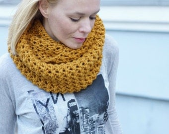 Hand knitted chunky women mustard cowl spring autumn trends
