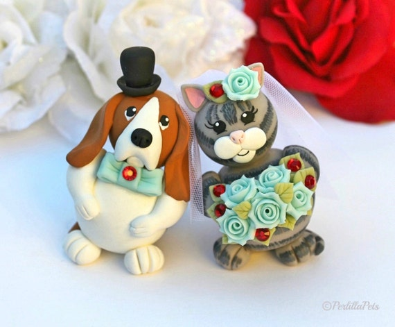 wedding cake toppers with dogs and cats custom wedding cake topper and cat cake topper by 26631