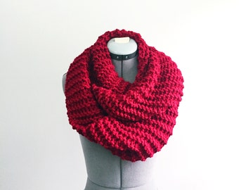 SALE- Super Chunky Infinity- In RED