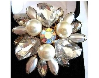 "Judy Lee Brooch Signed Kite Art Glass & Ice Rhinestones Tiered Gold Metal 2.5"" Vintage"