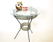 Mid Century gold & black wire reticulated round glass top end table
