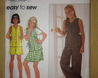 Girls Top, Pants, Shorts and Skirt Simplicity Sewing Pattern 7492 90s Size 7-8-10 Uncut