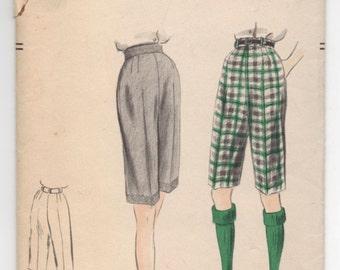 "1950's Vogue Golf Shorts Pattern - Waist 26"" - No. 7804"