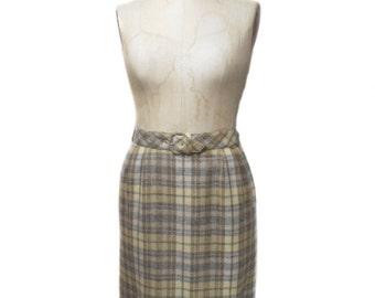 vintage 1960s plaid pencil skirt / Majestic / wool / belted skirt / plaid skirt / women's vintage skirt / size medium