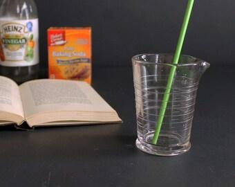 Vintage 8 Ounce oz Heavy Glass Scientific Beaker Measuring Cup