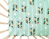 Crib Sheet Colorful Arrows on Green. Fitted Crib Sheet. Baby Bedding. Crib Bedding. Minky Crib Sheet. Crib Sheets. Arrow Crib Sheet.