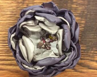 """4"""" Purple flower pin/clip"""