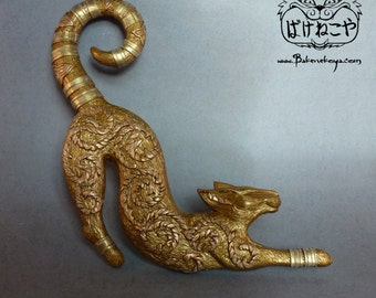 Siamese cat wall hanging - Gold