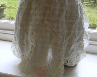 Sweet Vintage White Embroidered Pinny or Apron 1950's or 1960's