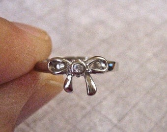 Cute Vintage 925 Sterling Bow Ring