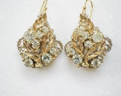 Gold Earrings, Vintage jewelry, drop, dangle vintage earrings, lisner earrings, upcycled