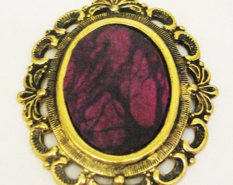 Vintage pendant royal silk gold pendant