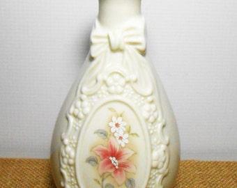 Vintage Vase, Cameo Ribbon Vase, Royal Heritage, Bud Vase, Floral, Small Vase, Shabby, Cottage Chic