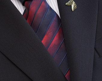 Basenji profile brooch - gold.