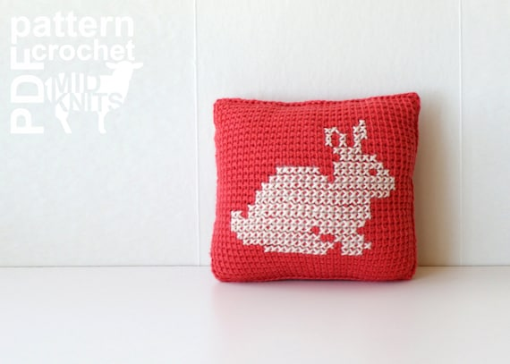 "DIY Crochet PATTERN - Learn To Tunisian Crochet Woodland Animals Cross-stitch Throw Pillows - 8"" Square Squirrel, Fox, Rabbit (2016008)"