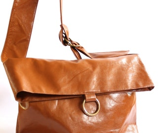 Messenger Bag, Crossover Purse, Vegan Crossover Bag, Brown Messenger, Faux Leather Bag, Crossbody Handbag